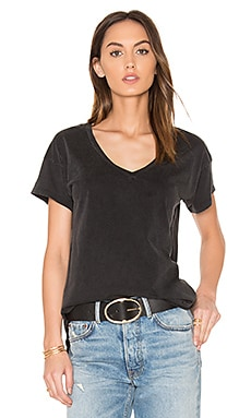 Distressed Jersey V Neck Tee in Black