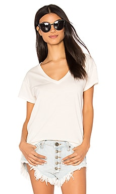 Distressed Jersey V Neck Tee in Bone