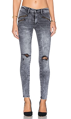 Black Orchid Billie Zipper Skinny in Guilty Pleasure