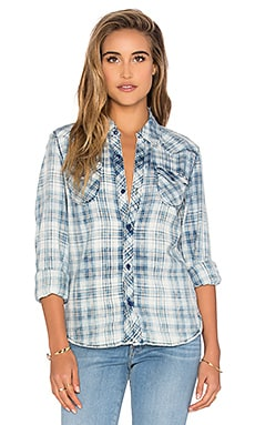 Black Orchid Button Up Top in Gunfighter