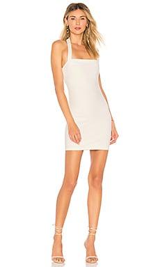 Купить Обтягивающее платье halley - by the way. белого цвета