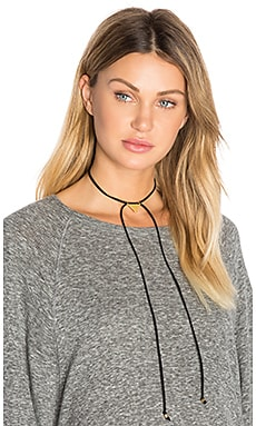 x REVOLVE Water Wrap Choker en Or