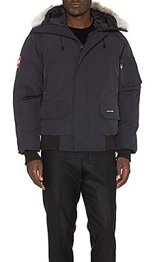 Canada Goose Chilliwack Bomber with Coyote Fur in Navy