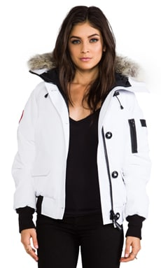 Canada Goose Chilliwack Bomber with Coyote Fur Collar in White