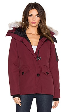 Canada Goose Montebello Coyote Fur Parka in Bordeaux
