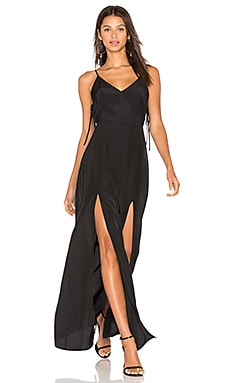Gina Plunging Maxi Dress en Negro