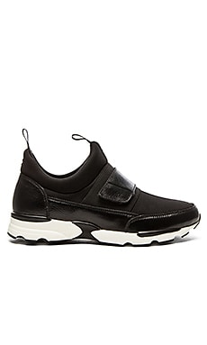 Casper and The Beast Neoprene Runner in Black White Black