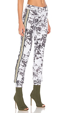 Kyleah Slim Sweatpant in White & Grey