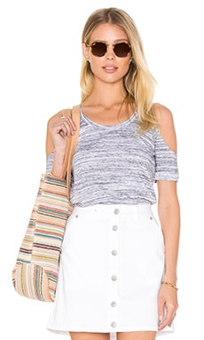 Riki Cold Shoulder Tee in Heather Grey