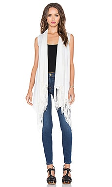 Auckland Sleeveless Fringe Vest in White