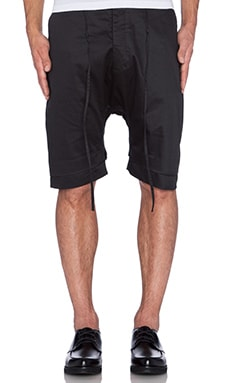 CHAPTER Layr Short in Black