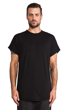 CHAPTER Yury Tee in Black