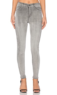 High Spray Skinny in Mad Grey