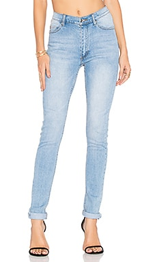 Second Skin Skinny Jean in Stonewash Blue