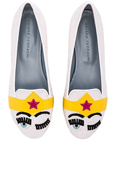 Wonder Women Flat in White