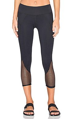 CHICHI Demi Capri in Black