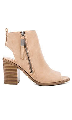 Circus by Sam Edelman Kammi Bootie in Oatmeal