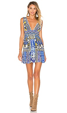 V Neck Tie Short Dress em Seeing Stars