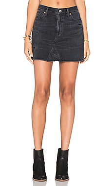 Cut Off Mini Skirt en Black Hawk