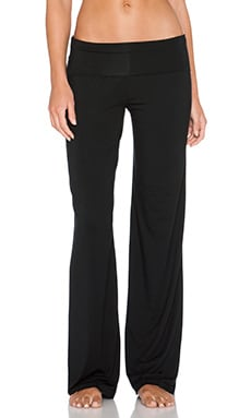 Calvin Klein Underwear Essentials Pull On Yoga Pant in Black