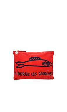 Flat Clutch in Poppy Nappa & Navy Sardines Print