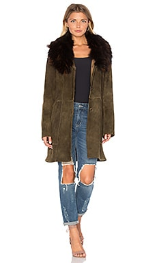 Zella Jacket with Raccoon Fur Trim en Marron Foncé