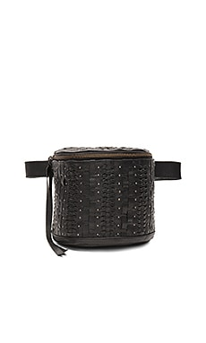 Lea Fannypack in Black