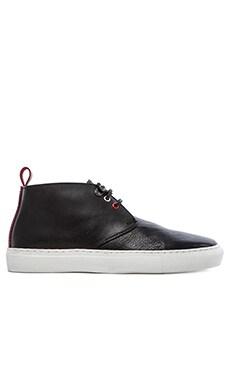 Common Cut Steve Chukka Sneaker in Black