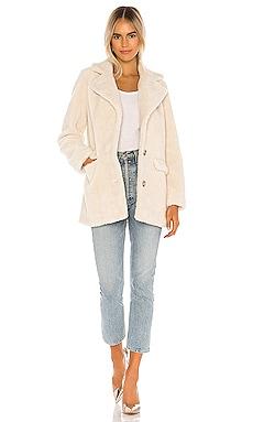 Katarina Coat Camila Coelho $146