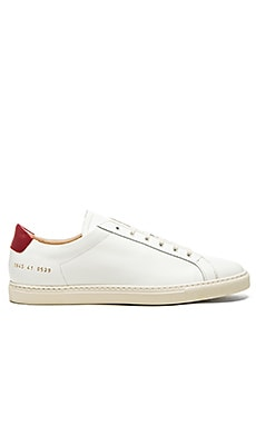 Common Projects Achilles Retro Low en Blanc & Rouge