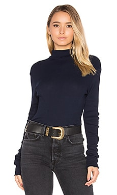 The Melbourne Turtleneck Tee en Super Navy