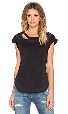 Deconstructed Rolled Muscle Tee en Onyx