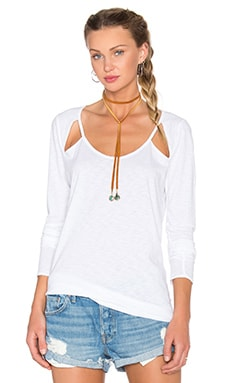Scoop Neck Long Sleeve Tee in White