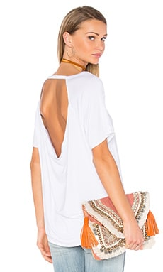 Drape Back Short Sleeve Scoop Neck Tee in White