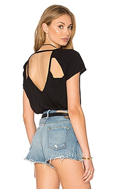 Chaser Triangle Vent V Back Tee in Black