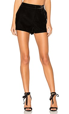 Flores Short in Black