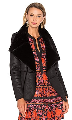 Rivina Jacket with Faux Fur in Black