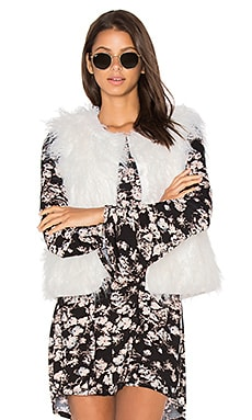 Nelda Faux Fur Vest in Ivory