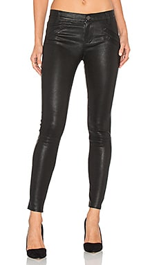 The Welt Pocket Ankle Skinny in Moonless