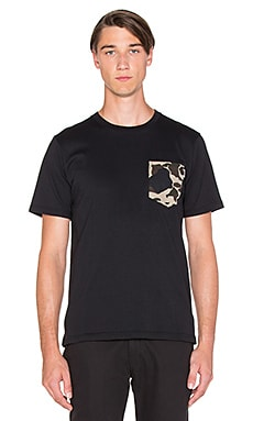 Carhartt WIP Lester Pocket Tee in Black & Camo Duck