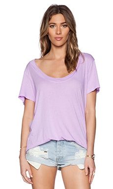 Daftbird Super Low Scoop Tee in Sweet Lilac