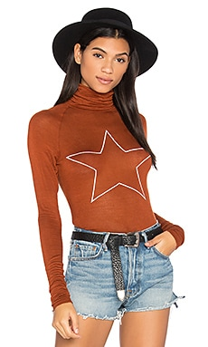 Sleepy Central Perk Star Tee in Bronze