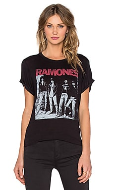 DAYDREAMER Ramones Rocket To Russia Tee in Black