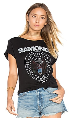 Ramones Seal Tee in Black