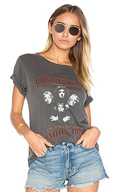 Queen London '74 Tee in Faded Black