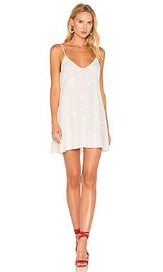 PEARL 刺繍入りドレス