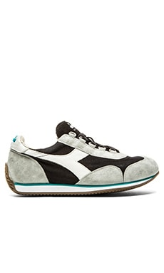 Diadora Heritage Equipe Stone Wash 12 in Black Grey Alaska