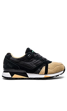 Diadora N9000 Double in Black Sand