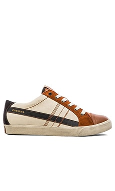 Diesel D-Velows D-String Low Sneaker in Sandshell Leather Brown