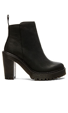 Magdalena Ankle Zip Boot in Schwarz
